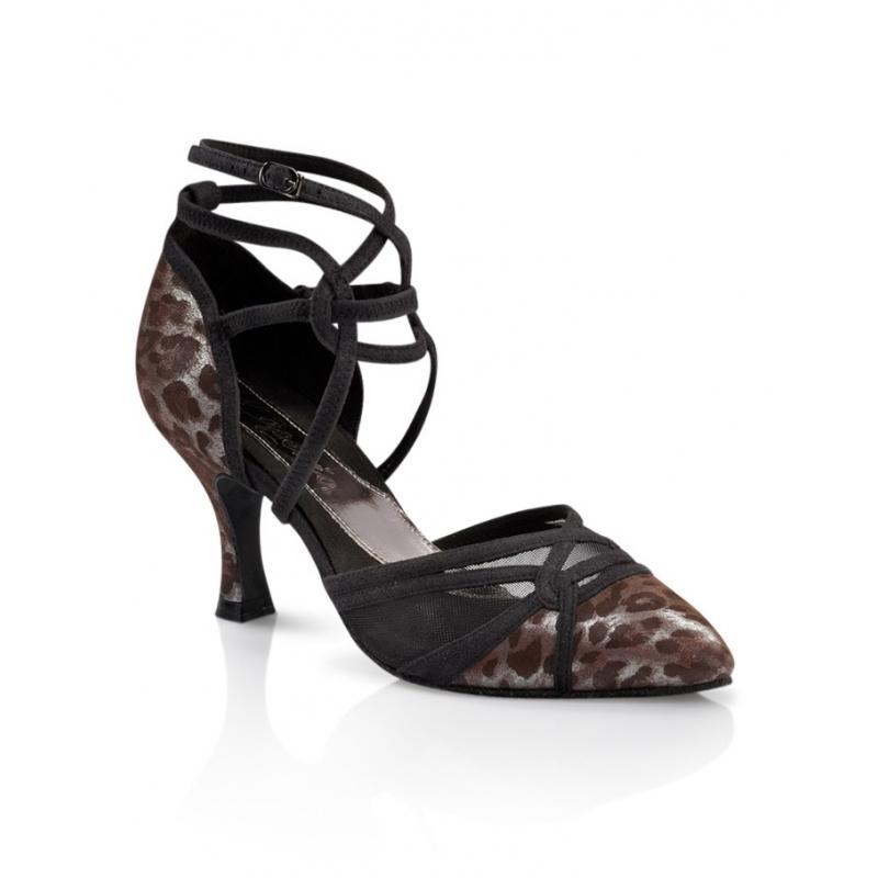 Chaussures de danse femmes de chez Capezio. Modèle Brianna à lanières et bouts fermés. Motif animal. Talon : 6,5cm.