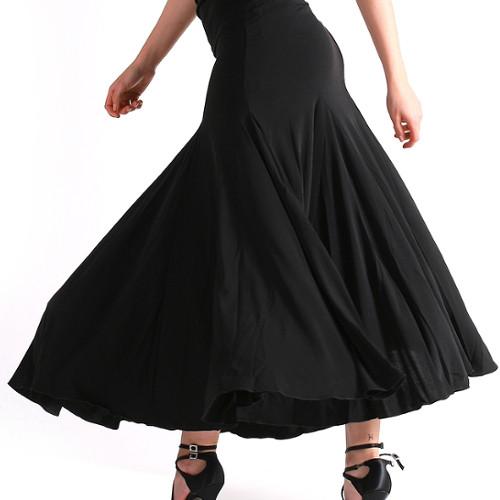 Jupe longue de danse de salon pour femmes de la marque Maly Design. Idéale pour les danses de salon et particulièrement pour les danses standards.