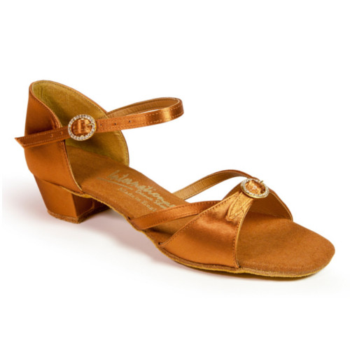 Chaussures de danse enfants, filles, de chez International Dance Shoes. Modèle Natasha en satin tan avec largeur ajustable. Talon cubain : 3,5cm.