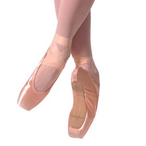 Pointes de danse classique de la marque Gaynor Minden. Modèle : Classic - Sculpted - Sleek.